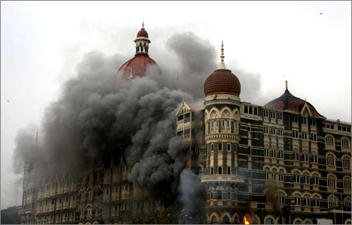 The Taj Mahal Hotel... burning